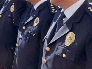 İzmir'deki polis atamalarında ilk durdurma kararı çıktı