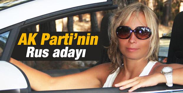 Antalya'da Rus gelin Daria CHP'den aday oldu