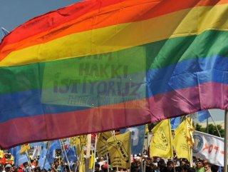 Eşcinsel R.Ç davasında ömürboyu hapis cezası