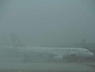 İstanbul uçakları İzmir ve Ankara'ya yönlendirildi