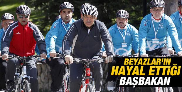 Cumhurbaşkanı Gül Çankaya'da pedal çevirdi