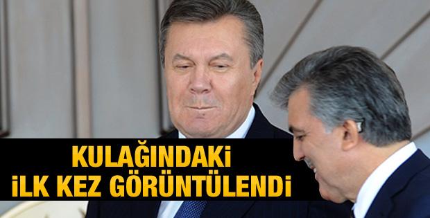 Abdullah Gül'ün kulağındaki işitme cihazı