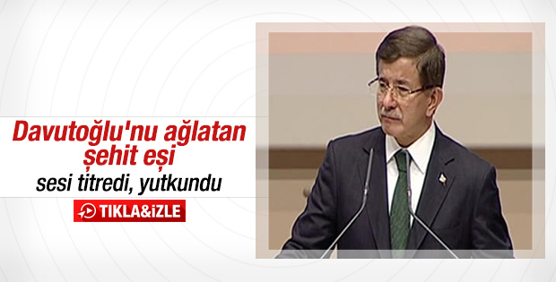 Başbakan Ahmet Davutoğlu gözyaşlarına hakim olamadı