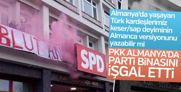 PKK yandaşları Hamburg'da SPD binasını bastı