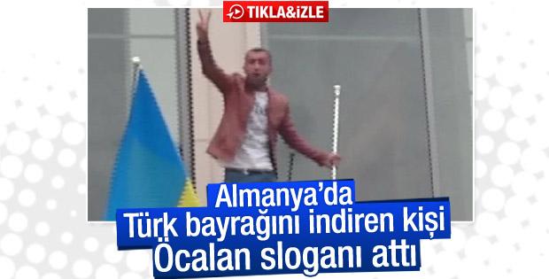 Almanya'da Türk bayrağını indiren kişi Öcalan sloganı attı