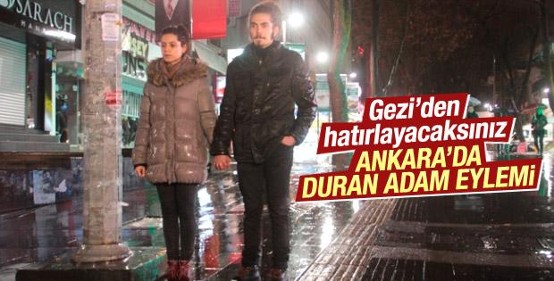 Ankara'da 'duran çift' eylemi