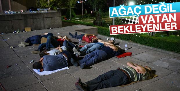 Ankara'da demokrasi nöbeti