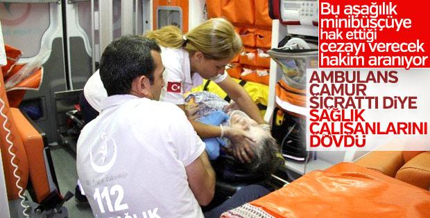 Ankara'da minibüsçü ambulans ekibine saldırdı