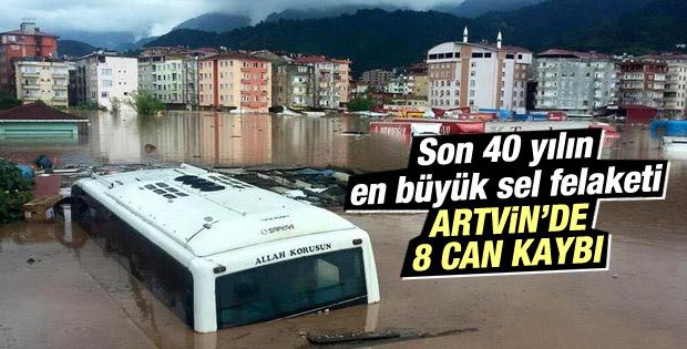 Yoğun yağış Artvin'i vurdu: 8 ölü