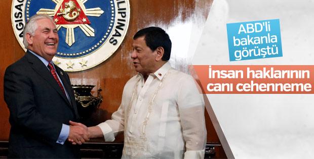 Duterte: İnsan haklarının canı cehenneme