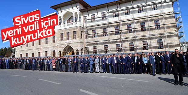 Sivas'ın vali karşılama protokolü