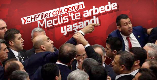 CHP'liler Meclis'te olay çıkardı