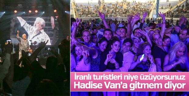 Van'da İranlı turistler konsere akın etti