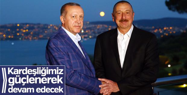 Cumhurbaşkanı Erdoğan, Aliyev ile fotoğrafını paylaştı