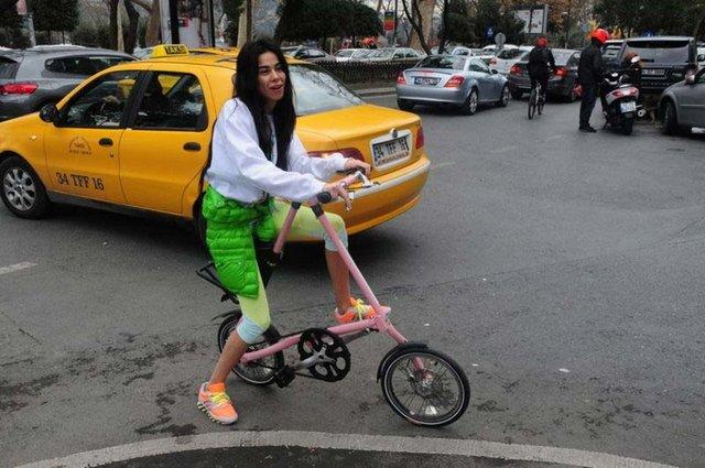 Asena Erkin'in 3 bin 500 liralık bisikleti