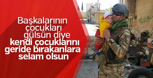 Mehmetçik'in çocuk sevgisi