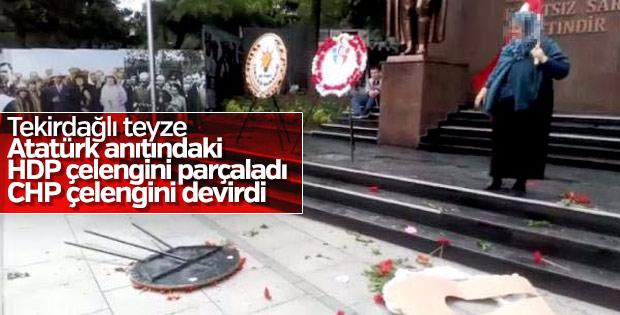 CHP ve HDP çelenklerini parçaladı