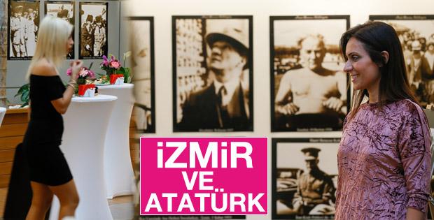 Atatürk İzmir'de sergisi kapılarını açtı
