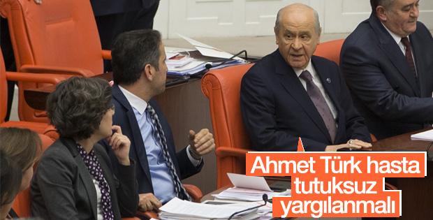 Devlet Bahçeli: HDP'li Ahmet Türk tutuksuz yargılanmalı