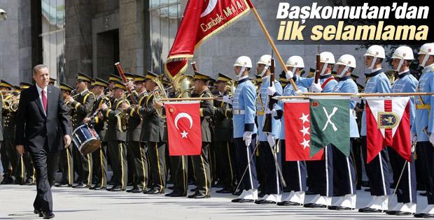 Erdoğan'dan askere ilk selamlama İZLE