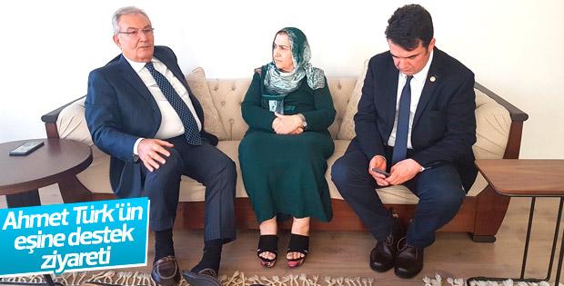 Deniz Baykal Ahmet Türk'ün eşiyle görüştü