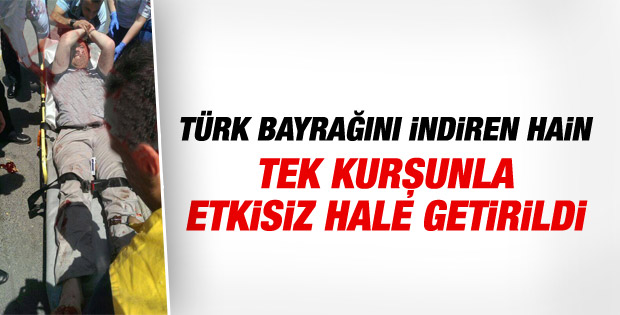 İstanbul'da Türk bayrağını indiren kişi vuruldu