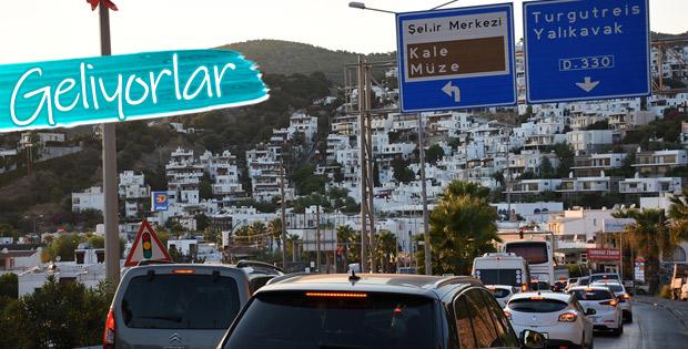 Tatil merkezlerinde bayram trafiği arttı