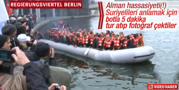 Alman vekiller göçmen empatisi için bota bindi