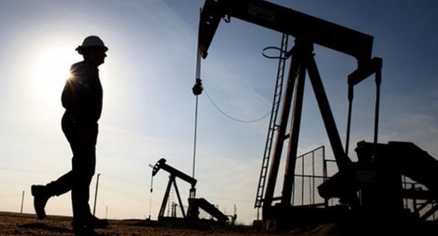 Brent petrolünün varil fiyatı en düşük seviyeye geriledi