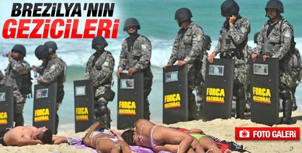 Brezilya'da eylemler plajda ilginç görüntüler oluşturdu