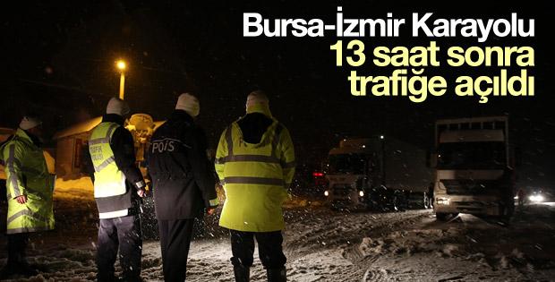 Bursa-İzmir Karayolu 13 saat sonra trafiğe açıldı