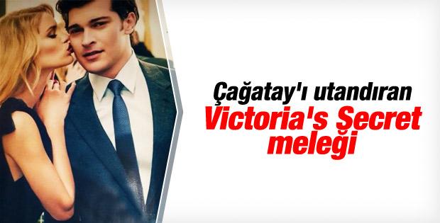 Victoria's Secret meleği Çağatay Ulusoy'u öptü