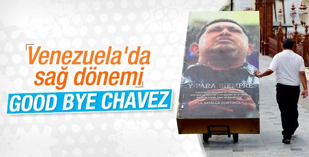 Venezuela'da Hugo Chavez'in posterleri kaldırılıyor