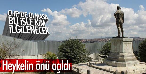 CHP Sarayburnu'ndaki Atatürk heykelinin önünü açtırdı