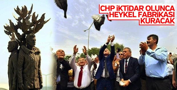 İzmir'de Üç Fidan Anıtı açıldı