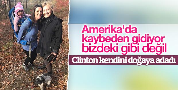 Hillary Clinton doğa yürüyüşünde görüntülendi
