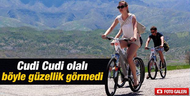 Yabancı öğrenciler Cudi'de bisiklete bindi
