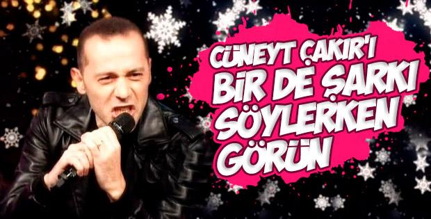 O Ses Türkiye'de Cüneyt Çakır'dan canlı performans