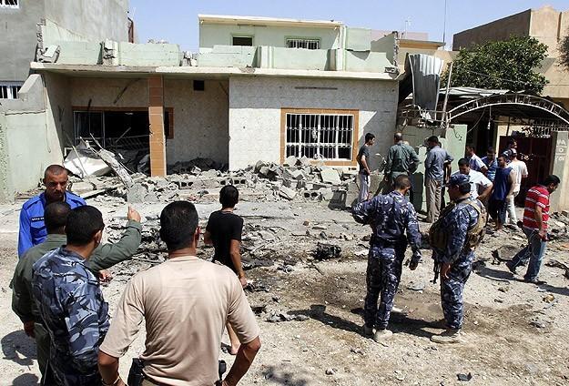 Irak'ta bombalı saldırılar: 10 ölü 14 yaralı