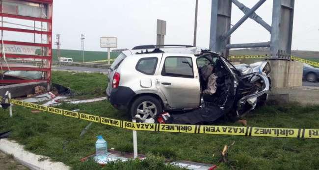 Silivri'de trafik kazası: 1 ölü 1  yaralı