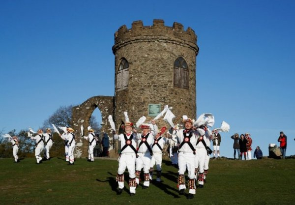 may day celebration in new france May day - traditions and celebrations in england posted on may 1, 2014 by phil williams some towns and villages have had relatively recent revivals of may day celebrations, particularly bringing in maidstone, morris dancers dance across barming bridge to open the new morris dancing season.