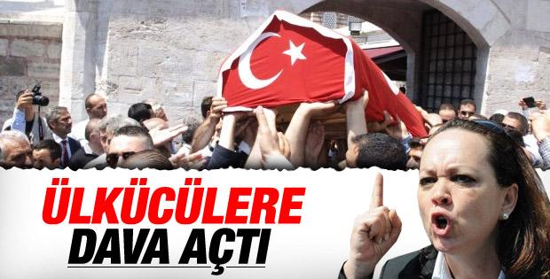 Osmanağaoğlu'nun cenazesine Türk bayrağı tepkisi