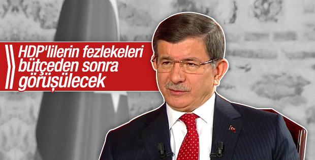 Davutoğlu HDP'lilerin fezlekeleriyle ilgili konuştu