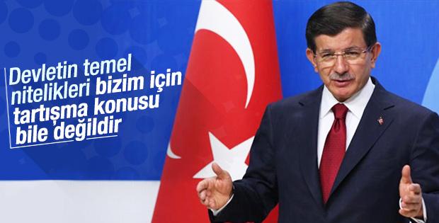 Başbakan Davutoğlu'ndan laiklik tartışması yorumu