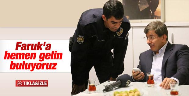 Başbakan Davutoğlu polislerle bayramlaştı