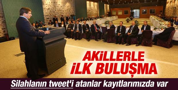 Başbakan Davutoğlu Akil İnsanlar Heyeti'ni kabul etti İZLE