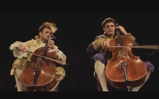İzlenme rekoru kıran çello performansı