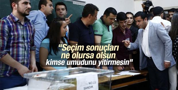 HDP Eşbaşkanı Demirtaş oyunu kullandı
