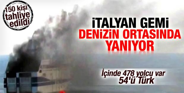 Seyir halindeki 478 yolculu İtalyan feribotu yanıyor İZLE