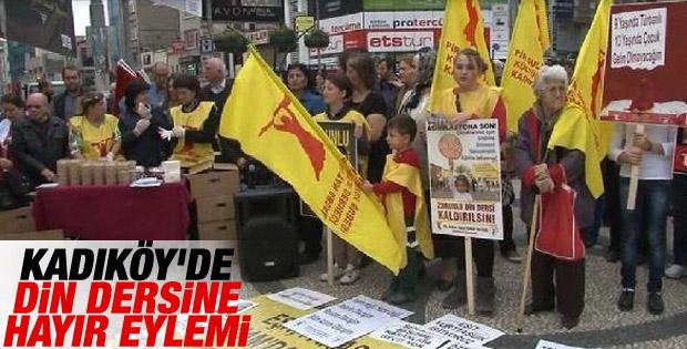 Kadıköy'de zorunlu din dersine hayır eylemi